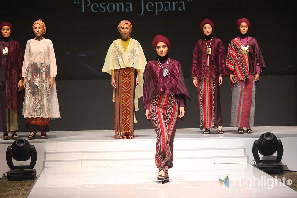 Highlight event indonesia modest fashion week terbaru jakarta model koleksi designer merek branded lokal terkenal 04 - Turning The Tide