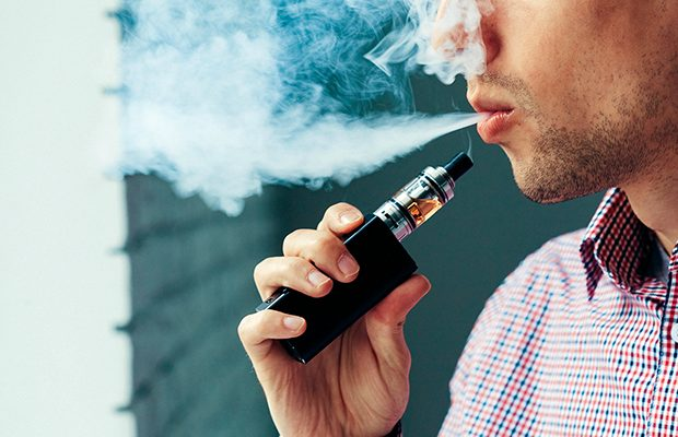 man vaping blog lg 620x400 - Beginner's Guide to Vaping